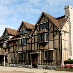 Stratford Upon Avon, birthplace of William Shakespeare and a popular tour destination for students studying British literature and theatre.