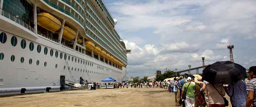 Cruises image