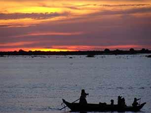 Cambodia_Mekong-River-sunset-2