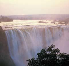 Zambia_Vic-Falls.jpg