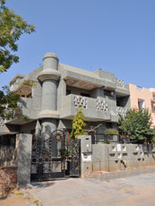 India_Jaipur-house_web.jpg