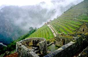 Peru_Machu-Picchu_mapi02_web