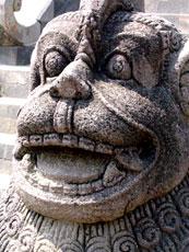 Thailand_Buddhist-statue-face_web.jpg