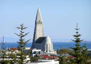 Iceland_Reykjavik_View-from-the-Pearl_web.jpg