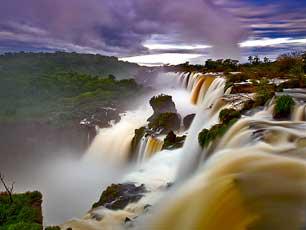 Argentina_Iguazu-Falls_iguazu-03_web.jpg
